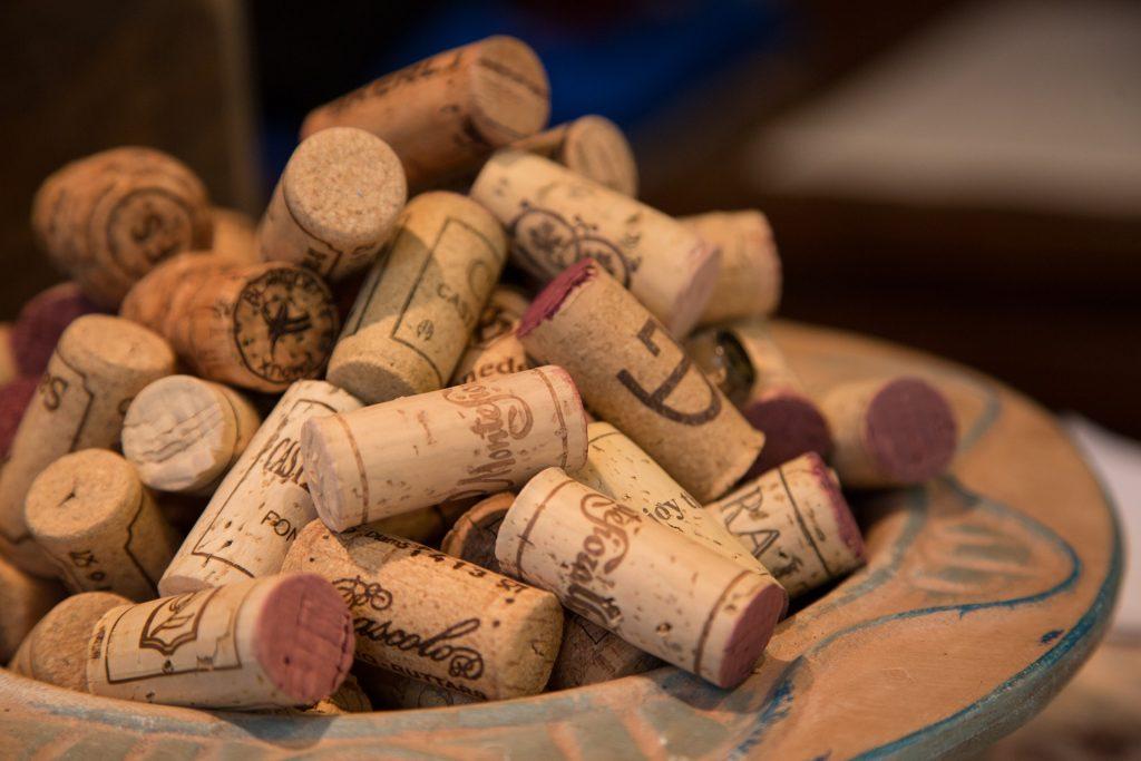 6 страхотни идеи, които можете да направите с тапите от бутилки вино