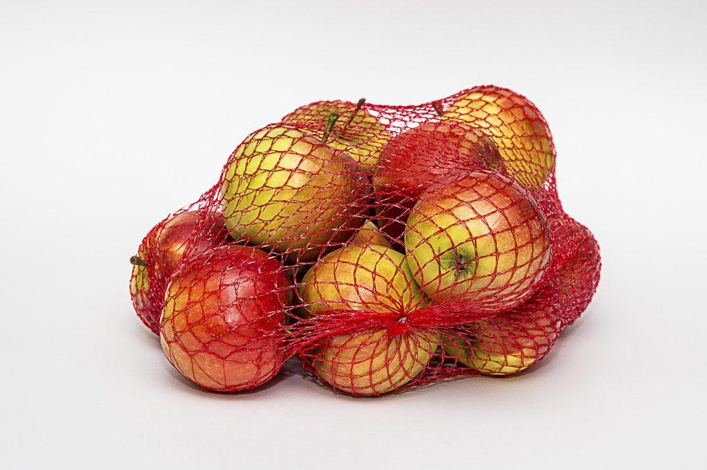 Не изхвърляйте мрежестите торби от плодовете и зеленчуците – ето какво можете да направите с тях!